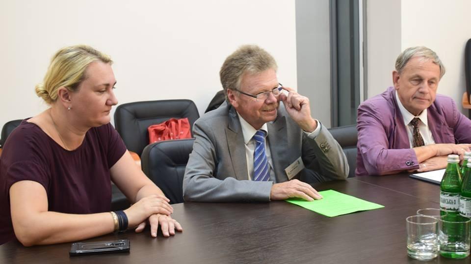 В Ужгороді відбулась зустріч мера із делегацією з Дармштадту, міста-побратима Ужгорода (ФОТО), фото-2