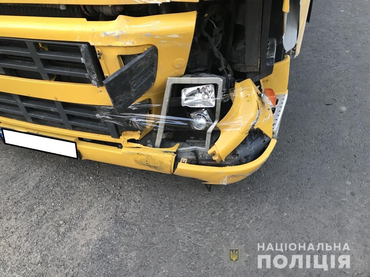 На трасі біля Ужгорода п'яний водій на вантажівці зніс «Daewoo Lanos», 8-річна дівчинка в лікарні (УСІ ПОДРОБИЦІ, ФОТО, ВІДЕО), фото-3