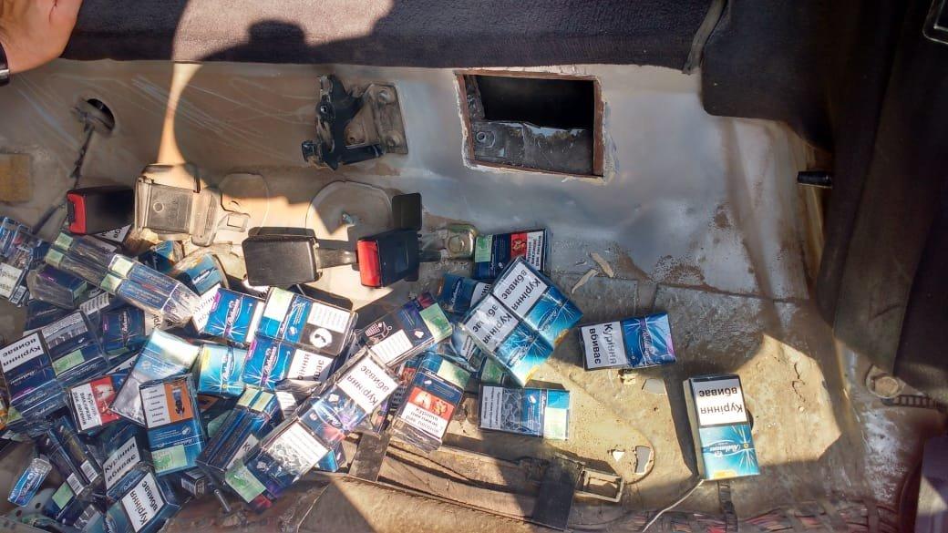 На КПП «Лужанка» 40-річний українець втратив автівку через 300 пачок сигарет (ФОТО), фото-6
