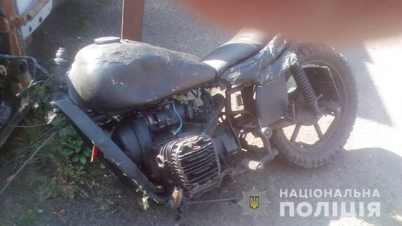 На Перечинщині мотоцикліст в'їхав у «ВАЗ», 46-річний чоловік у лікарні (ФОТО), фото-2