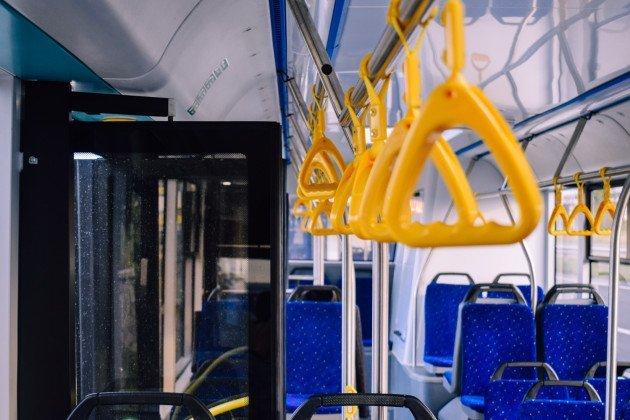 """Очікуйте на вулицях міста: два маршрути в Ужгороді отримають новенький автобус """"Електрон"""" (ФОТО), фото-8"""