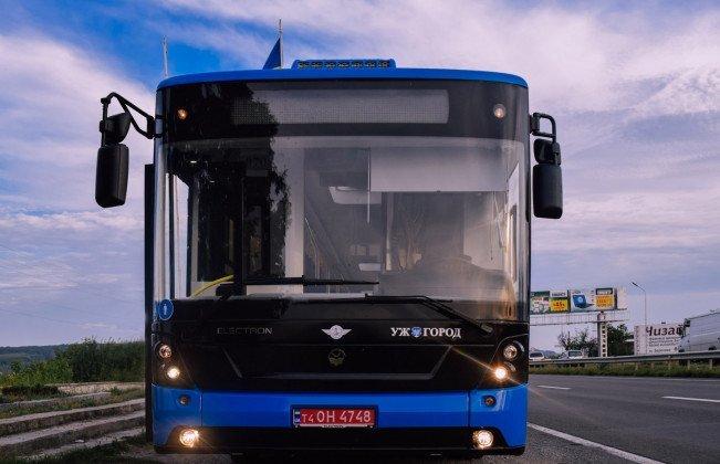 """Очікуйте на вулицях міста: два маршрути в Ужгороді отримають новенький автобус """"Електрон"""" (ФОТО), фото-5"""