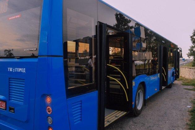 """Очікуйте на вулицях міста: два маршрути в Ужгороді отримають новенький автобус """"Електрон"""" (ФОТО), фото-3"""