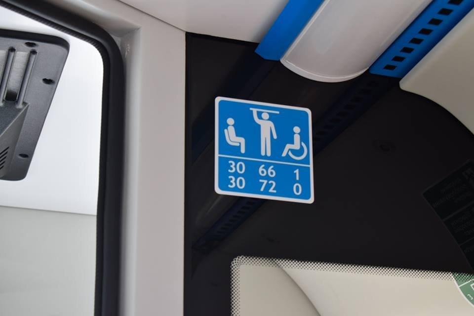 Ужгородцям показали облаштування двох нових автобусів, які вийдуть на маршрути №№ 18,20 (ФОТО), фото-6