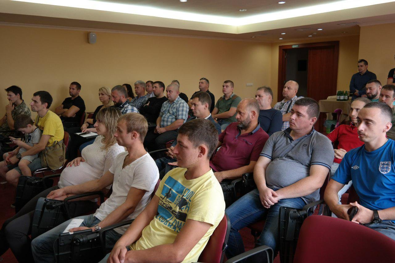 Дерев'янко в Ужгороді запропонував скасувати мита та акцизи на авто з єврономерами (ФОТО, ВІДЕО), фото-4