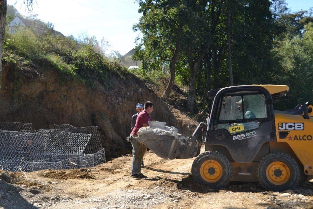 На Закарпатті нарешті відновлюють дорогу до кордону, зруйновану минулорічним паводком (ФОТО), фото-2