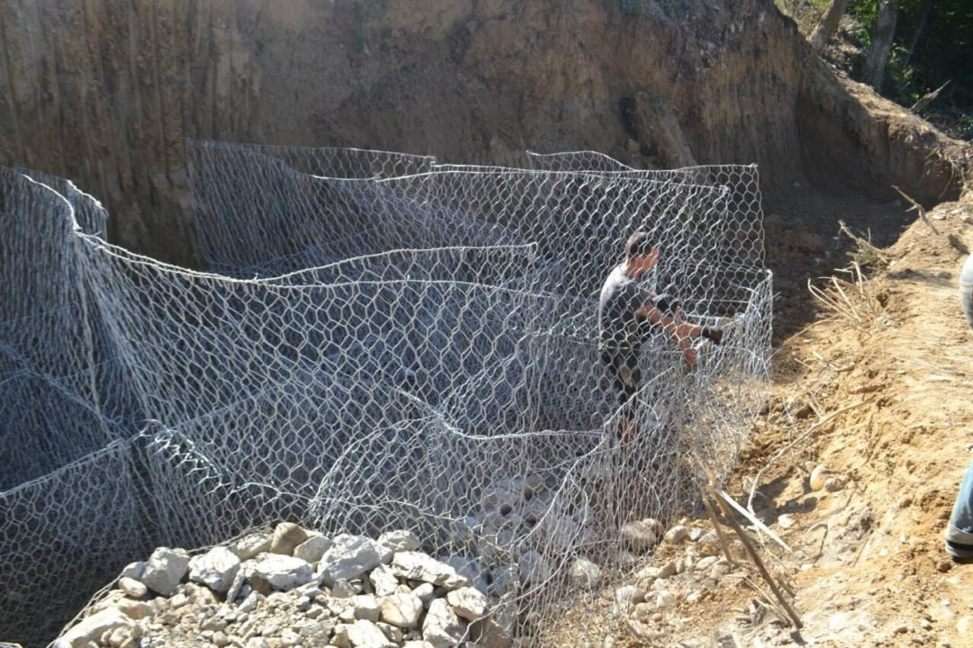 На Закарпатті нарешті відновлюють дорогу до кордону, зруйновану минулорічним паводком (ФОТО), фото-4