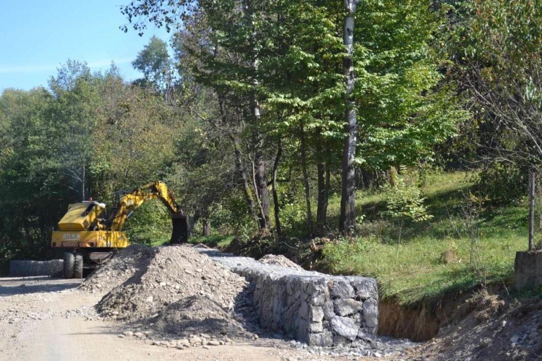 На Закарпатті нарешті відновлюють дорогу до кордону, зруйновану минулорічним паводком (ФОТО), фото-6