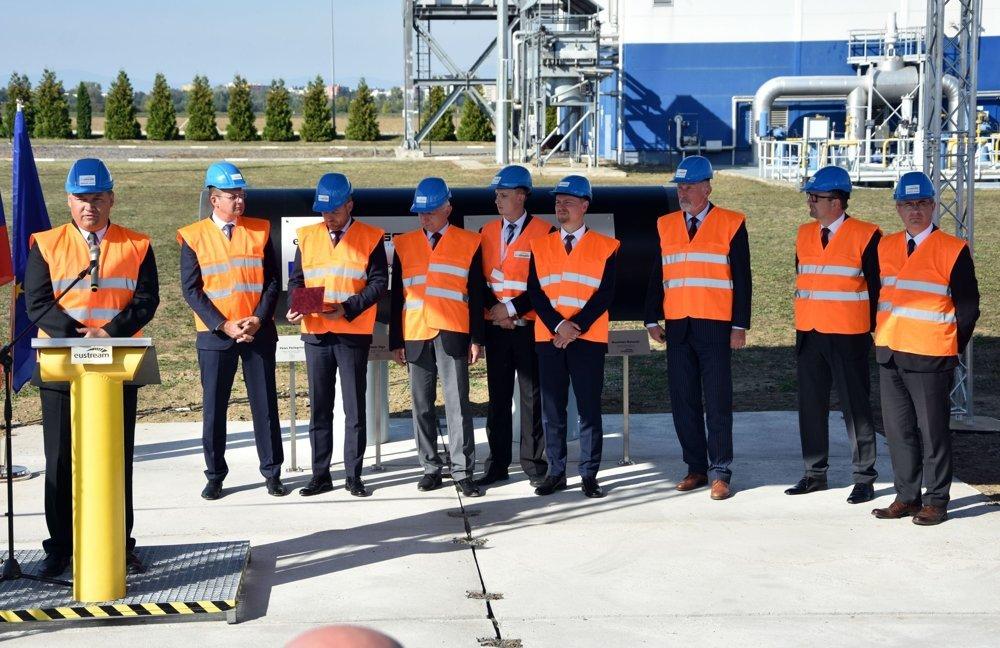 За 30 км від Ужгорода Польща починає будувати газопровід в Словаччину (ФОТО), фото-5