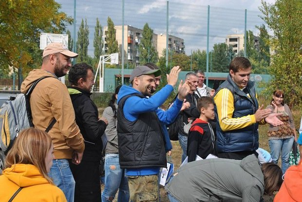На «Кірпічці» провели благодійний захід «Ужгородські поплавці», де навчали правильно вудити рибу (ФОТО), фото-3
