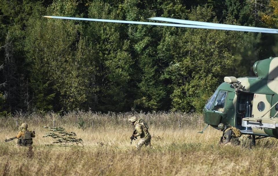 Закарпатців просять не панікувати через проведення військових навчань (ОФІЦІЙНО, ДЕТАЛІ), фото-1