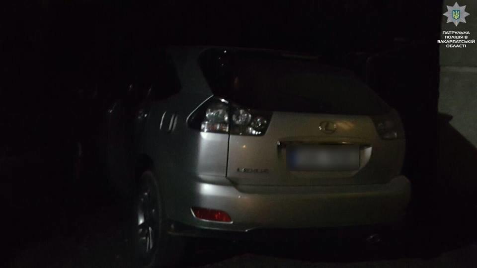 """Ужгородець здав поліції п'яного водія """"Lexus"""" (ФОТО), фото-1"""