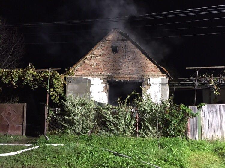 Минулої доби вогонь наробив чималої шкоди на Закарпатті та забрав життя одного чоловіка (ФОТО), фото-3