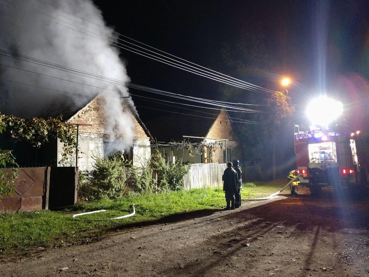 Минулої доби вогонь наробив чималої шкоди на Закарпатті та забрав життя одного чоловіка (ФОТО), фото-4