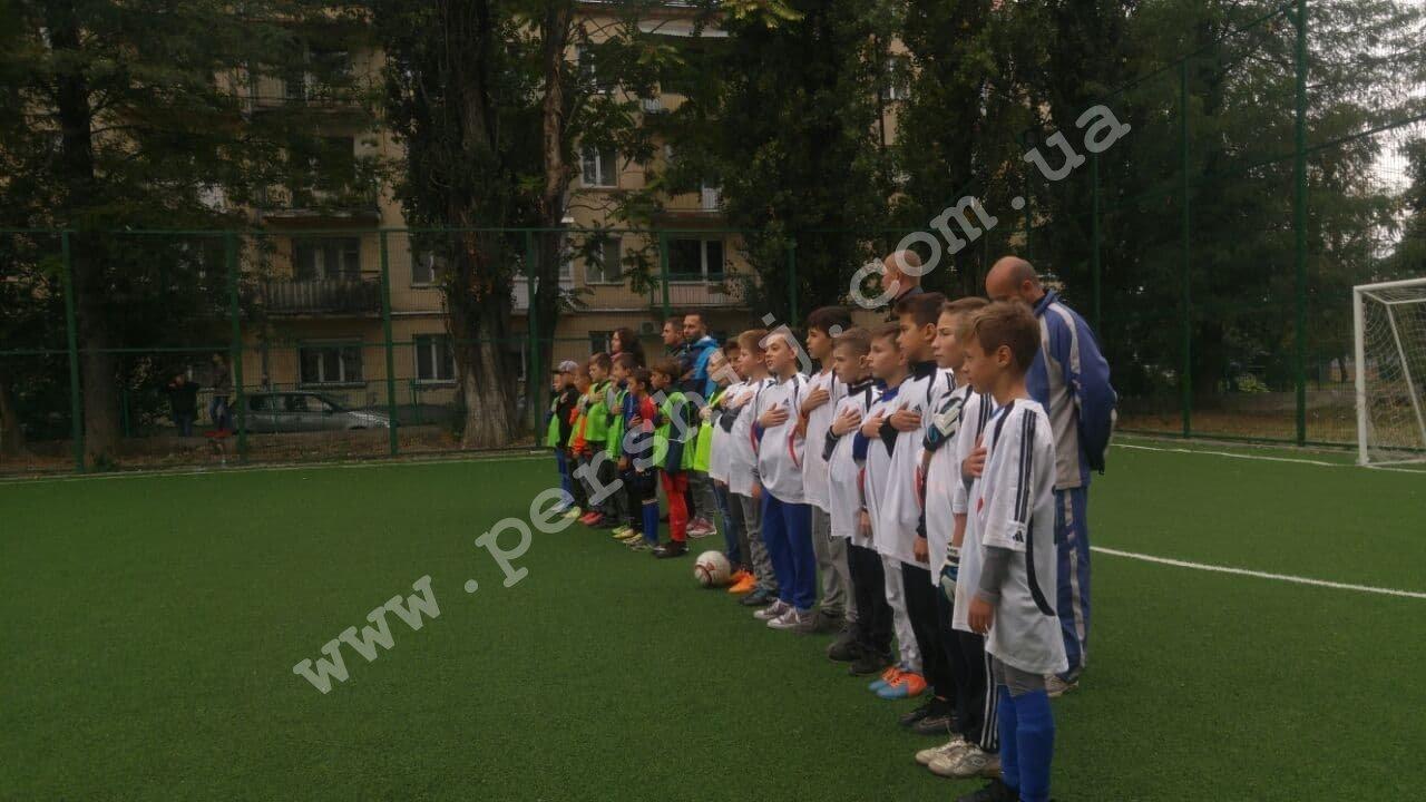 В Ужгороді побільшало спортивних майданчиків зі штучним покриттям (ФОТО), фото-2