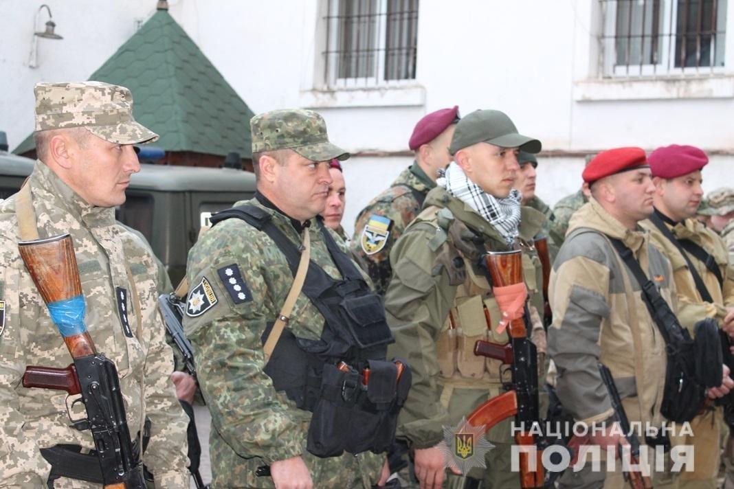 Закарпатські полісмени вирушили на Схід - до зони проведення ООС (ФОТО), фото-2