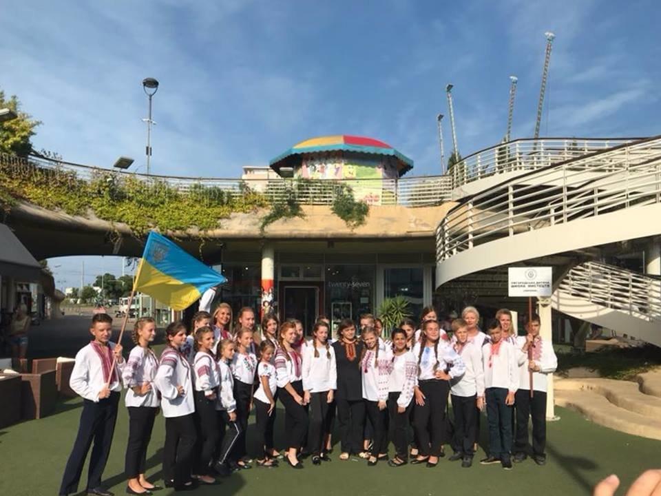 Учні Ужгородської дитячої школи мистецтв гідно представили Україну на Міжнародному фестивалі в Італії (ФОТО), фото-2