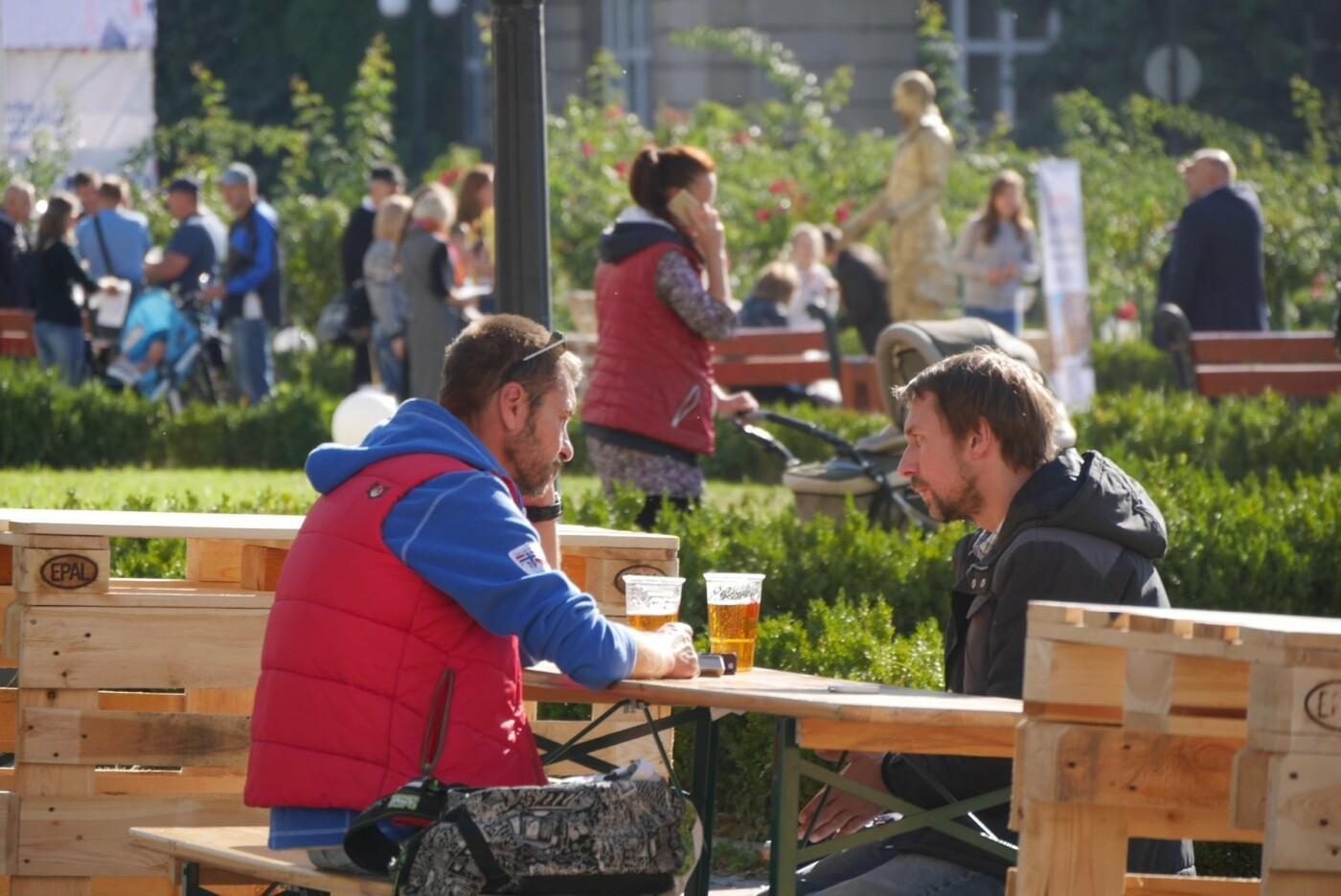 Їжа, напої та музика: В Ужгороді стартували Чеські дні (ВІДЕО, ФОТО), фото-9