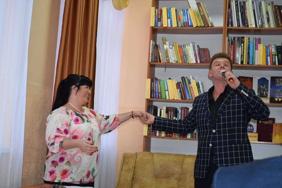В Ужгороді з нагоди професійного свята привітали працівників бібліотек Ужгорода (ФОТО), фото-1