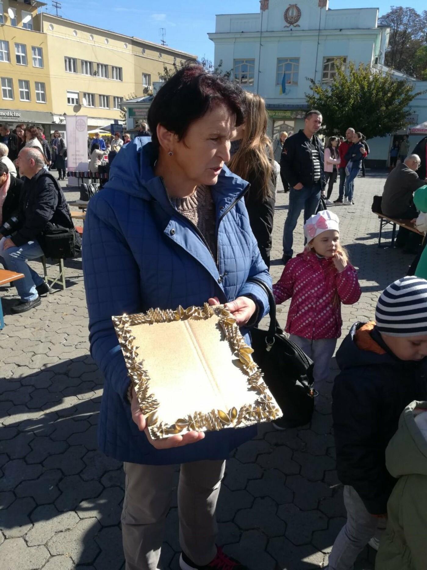 В Ужгороді на Театральній влаштували свято для людей похилого віку (ФОТОРЕПОРТАЖ), фото-42