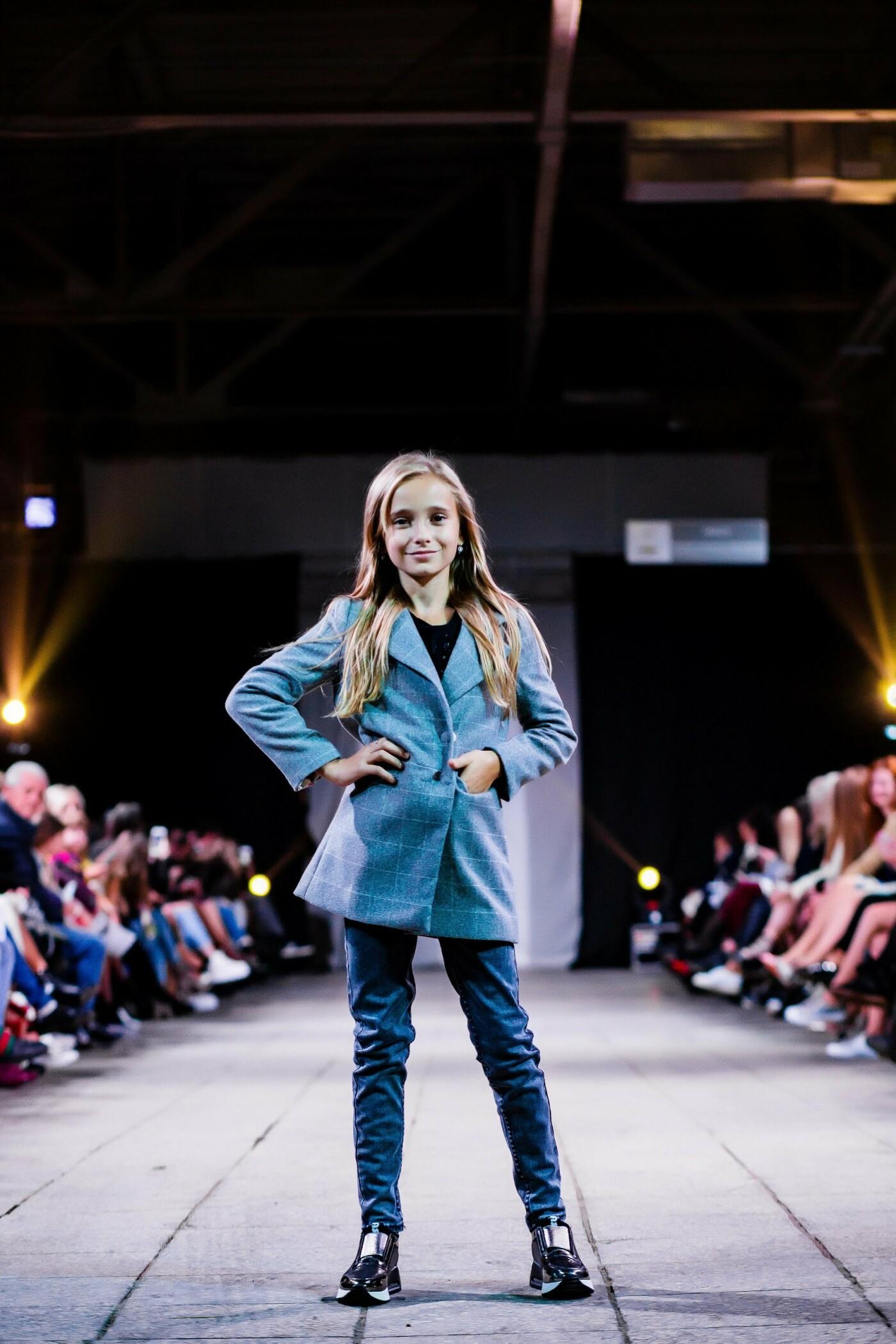 В Ужгороді ефектно пройшов X-ий Uzhgorod Fashion Day (ФОТОРЕПОРТАЖ), фото-11