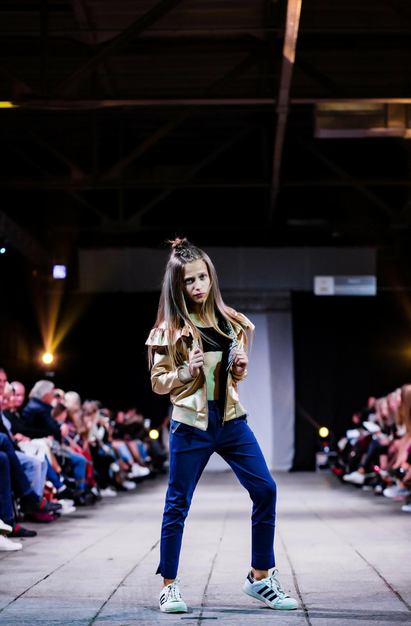 В Ужгороді ефектно пройшов X-ий Uzhgorod Fashion Day (ФОТОРЕПОРТАЖ), фото-15