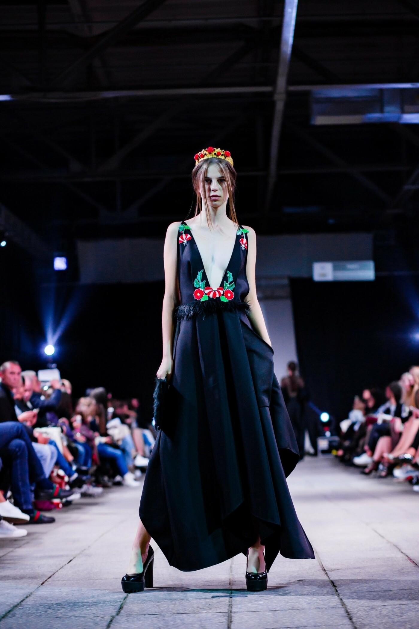 В Ужгороді ефектно пройшов X-ий Uzhgorod Fashion Day (ФОТОРЕПОРТАЖ), фото-19