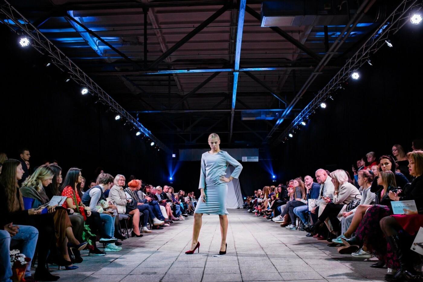 В Ужгороді ефектно пройшов X-ий Uzhgorod Fashion Day (ФОТОРЕПОРТАЖ), фото-25