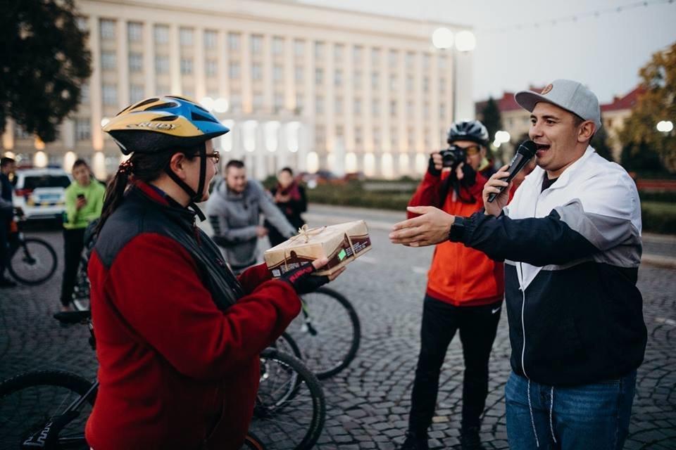 В Ужгороді велосипедисти урочисто закрили велосезон 2018 (ФОТО, ВІДЕО), фото-5