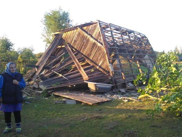 У Словаччині за 5 км від Ужгорода із серйозними наслідками пройшов торнадо (ФОТО, ВІДЕО) , фото-4