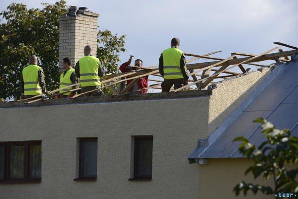 У Словаччині за 5 км від Ужгорода із серйозними наслідками пройшов торнадо (ФОТО, ВІДЕО) , фото-5