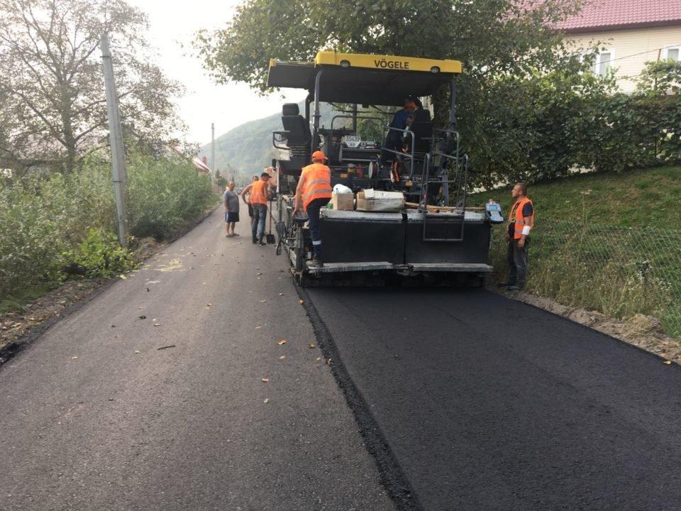 На Тячівщині ремонтують одну з найгірших доріг району (ФОТО), фото-6