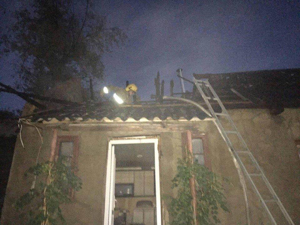 За вихідні рятувальники гасили три житлові будинки на Закарпатті (ФОТО), фото-4