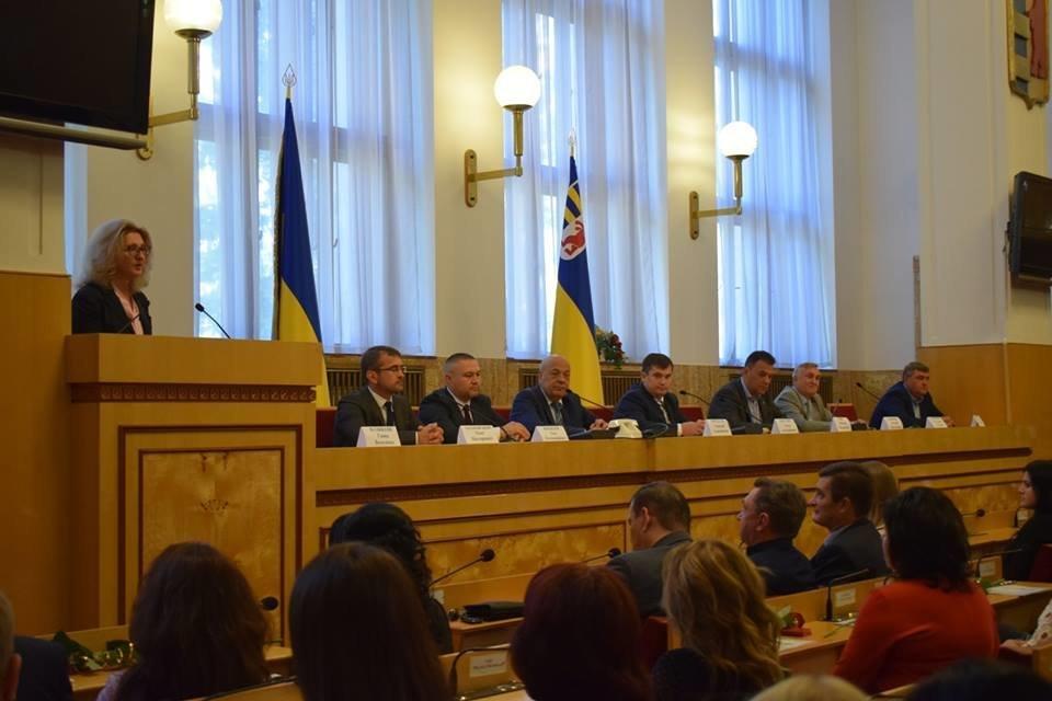 В Ужгороді з нагоди професійного свята привітали юристів (ФОТО), фото-8