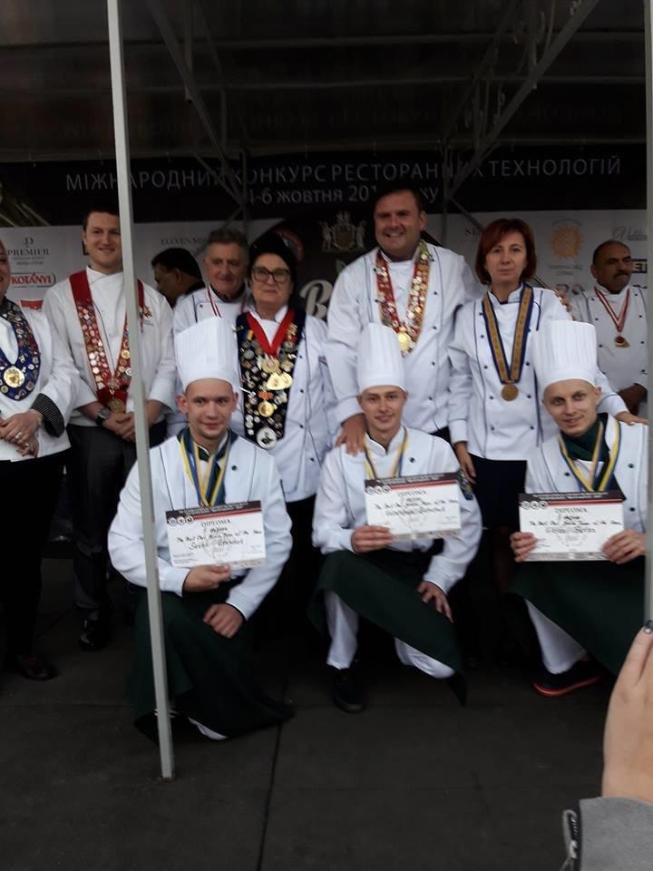 На Міжнародному чемпіонаті «BESTCOOKFEST-2018» ужгородські кулінари вибороли срібло (ФОТО), фото-2