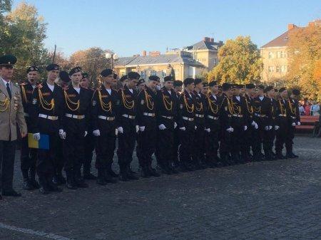 В Ужгороді розпочалися урочистості до Дня захисника України (ФОТО), фото-1