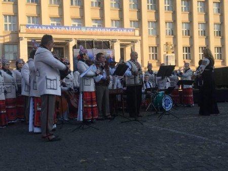 В Ужгороді розпочалися урочистості до Дня захисника України (ФОТО), фото-2