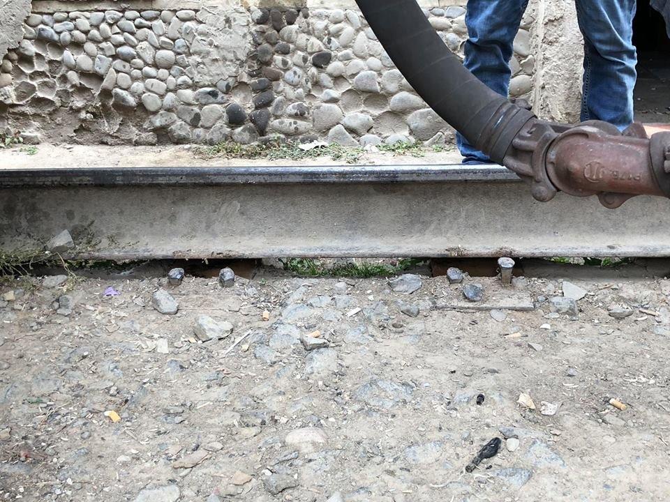На Радванці в Ужгороді з рейок зійшли товарні вагони, дивом не зачепивши житловий будинок (ФОТО, ВІДЕО), фото-8