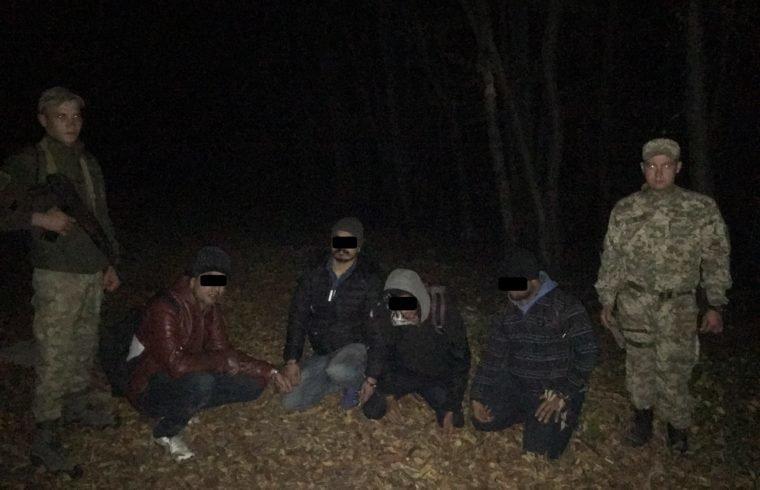 Неподалік від Ужгорода затримали чергову групу нелегалів (ФОТО), фото-1