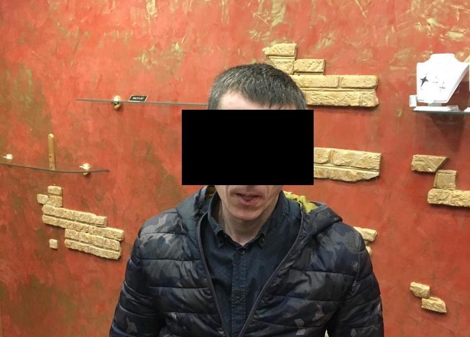 На Волошина під час продажу метамфетаміну затримали 29-річного ужгородця (ФОТО), фото-1