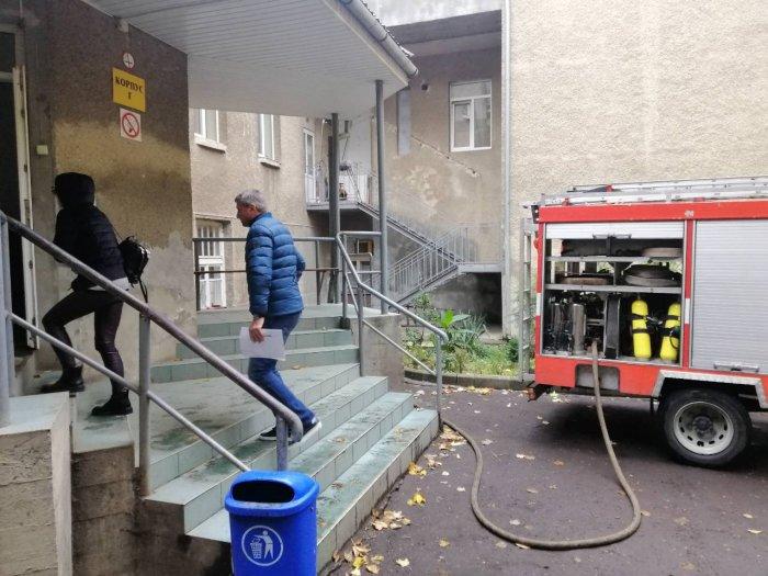 Рятувальники здійснюють підвіз води для потреб ужгородців (ФОТО), фото-4