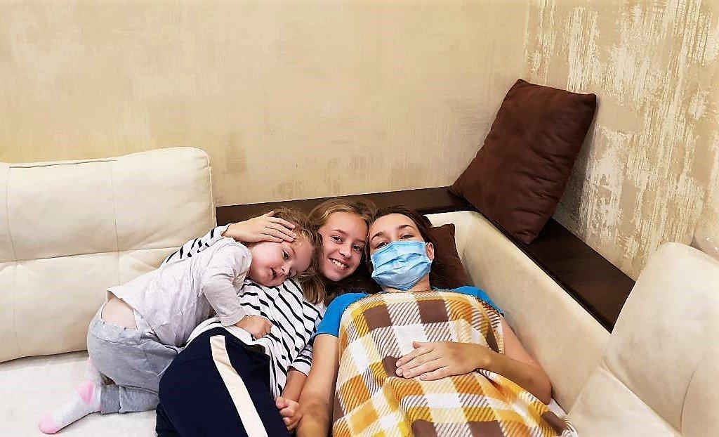 Молодій ужгородці, матері двох дітей, потрібна допомога у боротьбі зі страшним діагнозом - лейкемією (ФОТО), фото-1