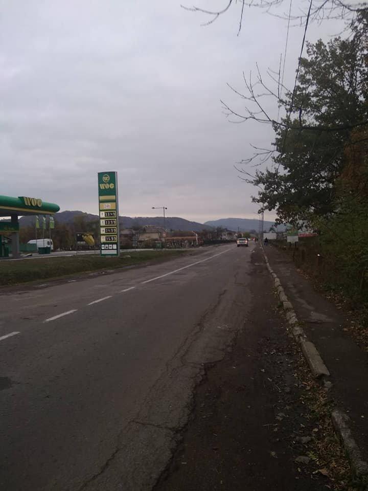 Чергова ДТП на Закарпатті: Водій на швидкості не впорався з керуванням і насмерть збив велосипедиста (ФОТО), фото-3