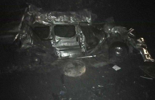 Без шансів вижити: З'явились моторошні деталі нічної ДТП, в якій загинули два молоді хлопці (ФОТО), фото-3