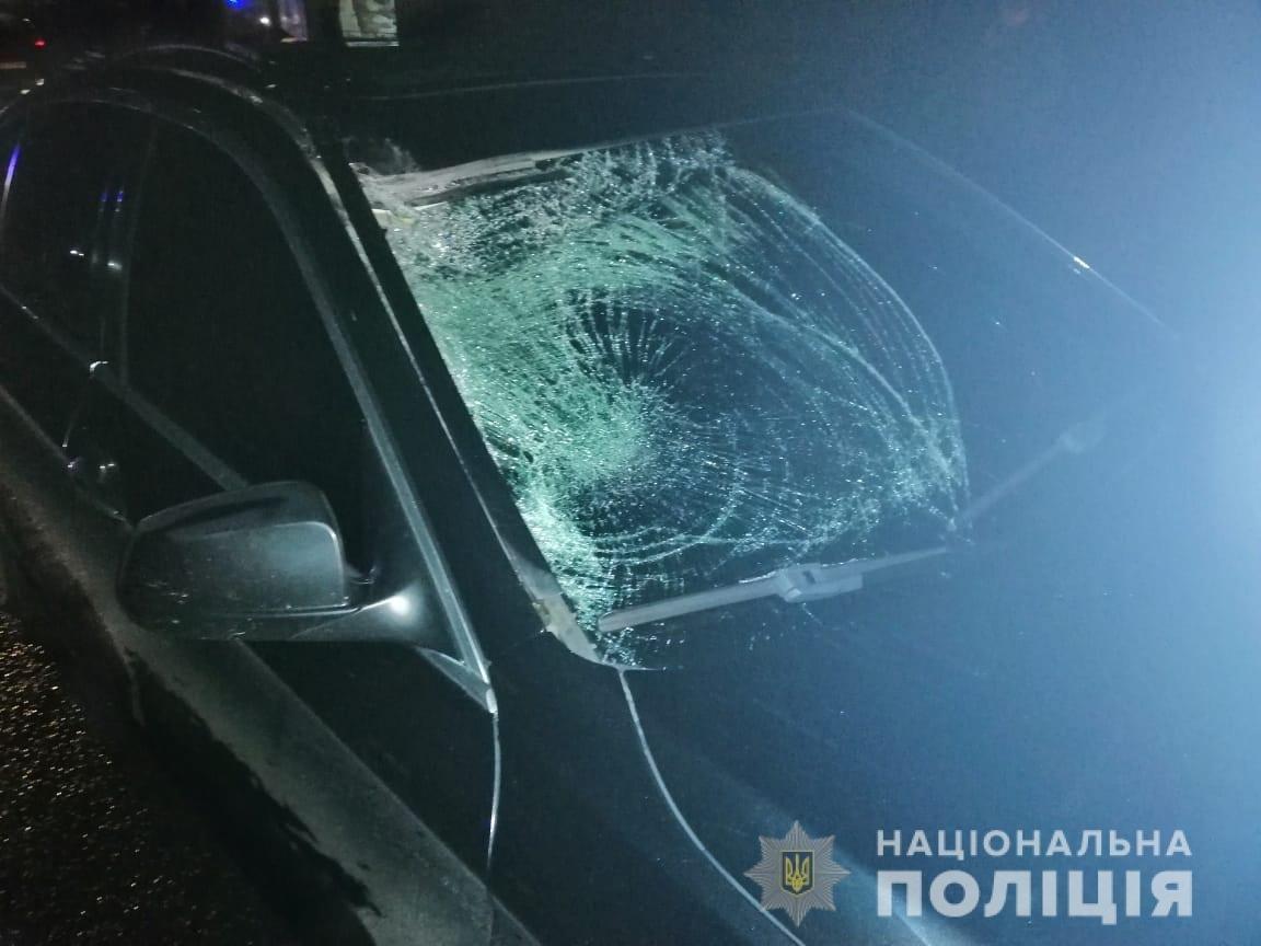 На Закарпатті 63-річного велосипедиста, що раптово виїхав на дорогу, насмерть збив автомобіль (ФОТО)
