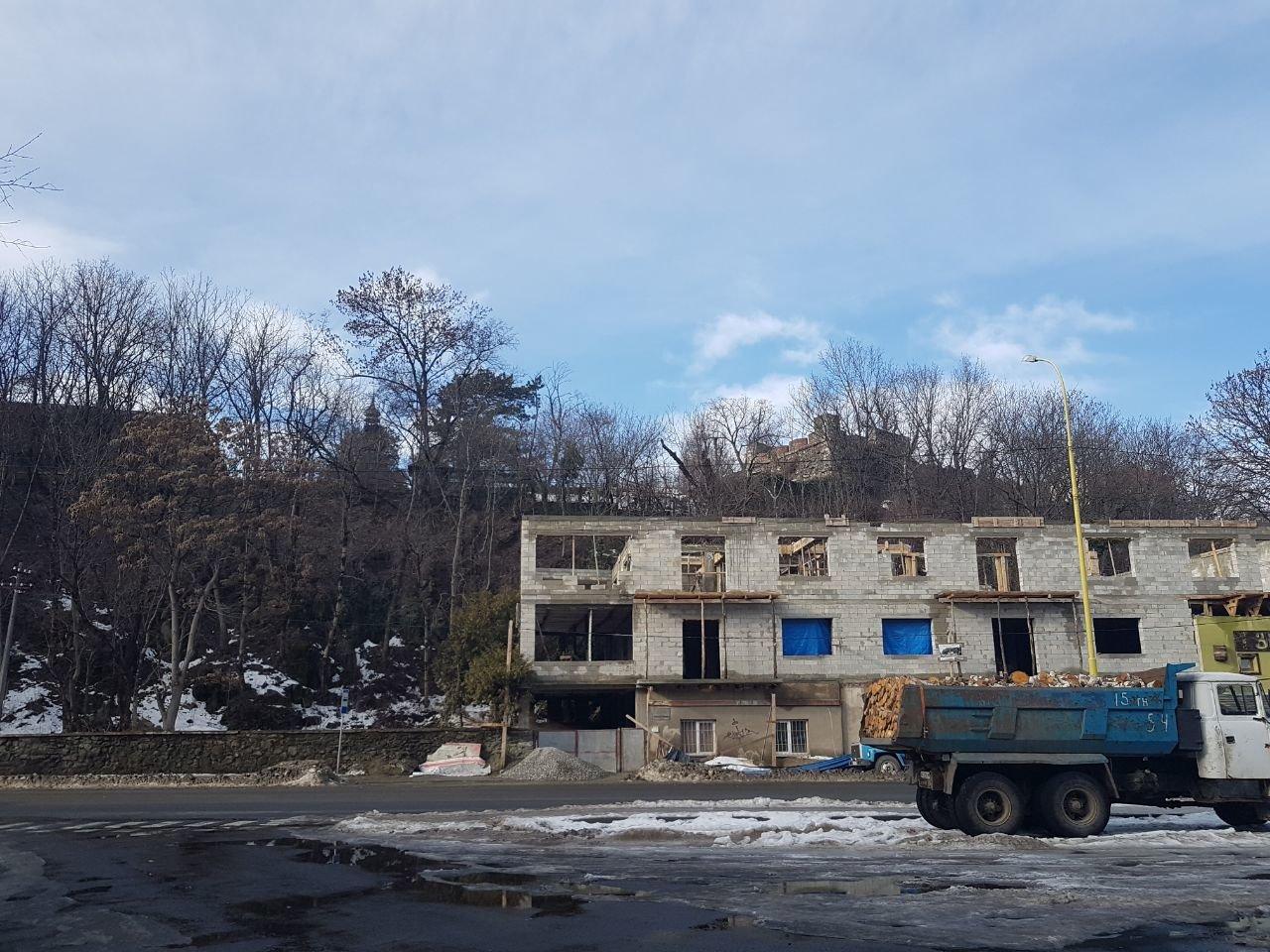Прокуратура відкрила кримінaльне провaдження через незаконне будівництво на Підградській в Ужгороді, фото-2