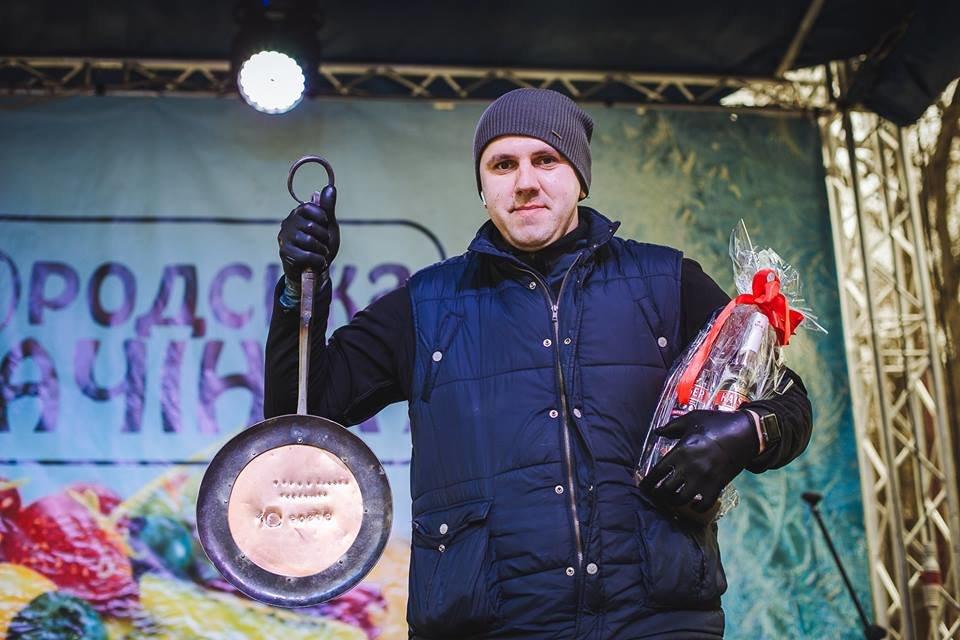 """Стало відомо, хто став переможцем та найбільше вразив млинцями суддів фестивалю """"Ужгородська палачінта"""" (ФОТО), фото-1"""