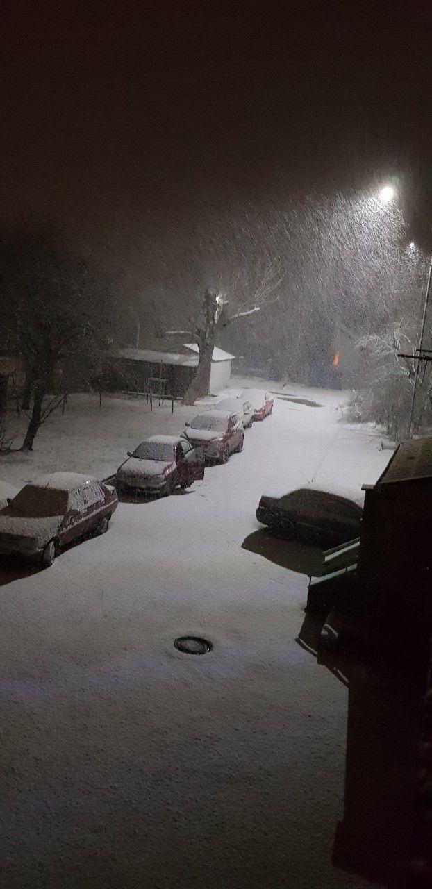В Ужгород знов повернулась сніжна зима (ФОТО), фото-4