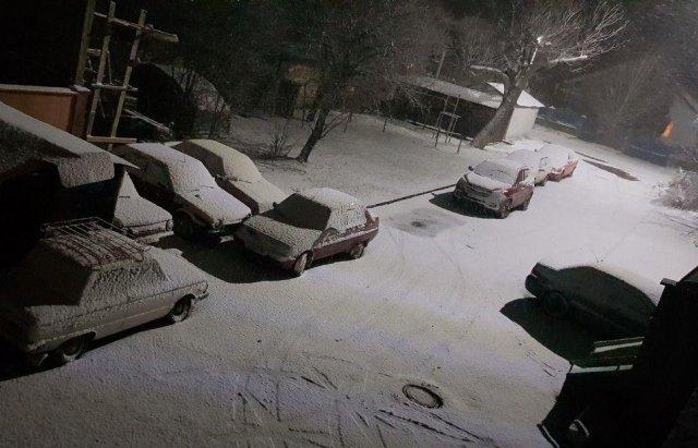 В Ужгород знов повернулась сніжна зима (ФОТО), фото-5