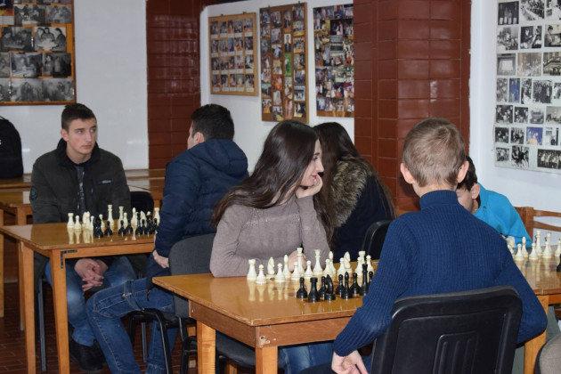 В Ужгороді у рамках спартакіади учнів та студентів навчальних закладів відбулися змагання з шахів (ФОТО), фото-3